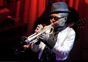 Roy_hargrove_at_blue_note_2