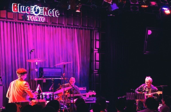 Marc_ribot_at_blue_note